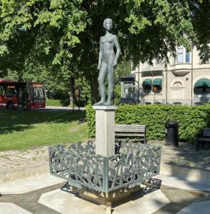 Vårdagjämning av Sonja Katzin 1960, Centralparken, Södertälje