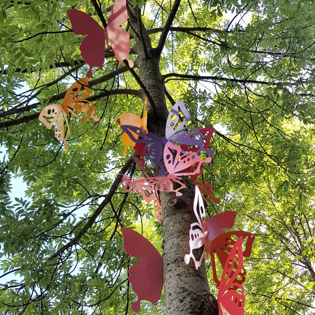 Fjärilsträd på Storgatan i Södertälje. Foto Hanna Andersson