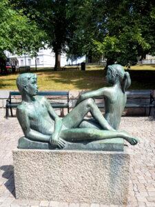Skulpturen Ungdom av Rolf Kjellberg 1957. Foto Hanna Andersson